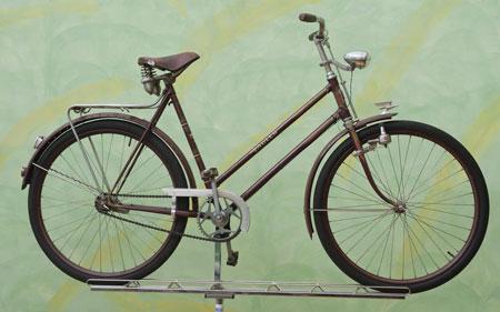 Ein Retrobike mit wunderbaren Old-Style-Details.